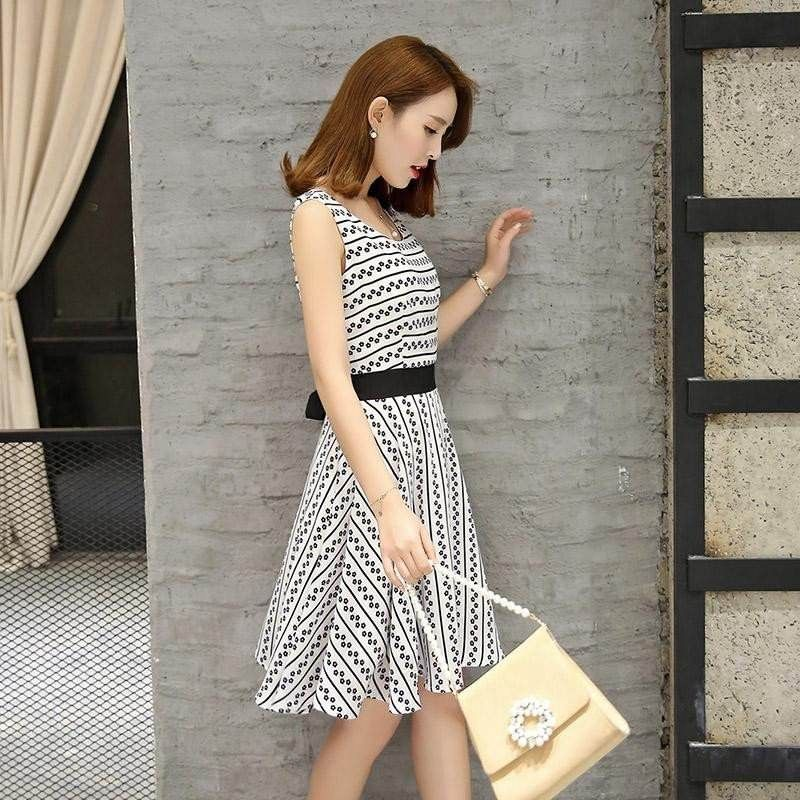 定制印花超短裙怎么穿出高身材?
